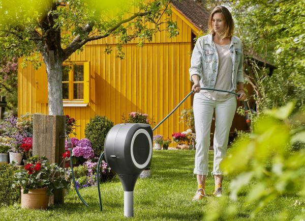 Die neuen GARDENA Garten- und Wandschlauchboxen RollUp